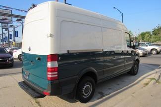 2010 Freightliner Sprinter 144WB 2500 Chicago, Illinois 4