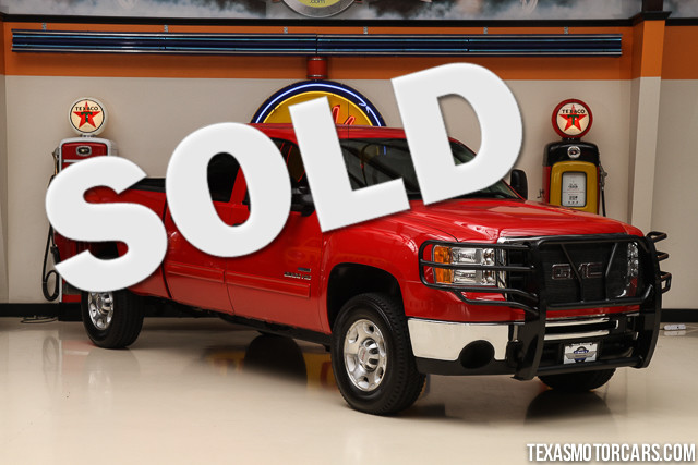 2010 GMC Sierra 2500HD SLE This Carfax 1-Owner 2010 GMC Sierra 2500HD SLE is in great shape with o
