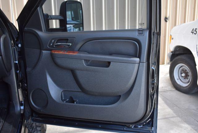2010 GMC Sierra 2500HD SLT San Antonio , Texas 25