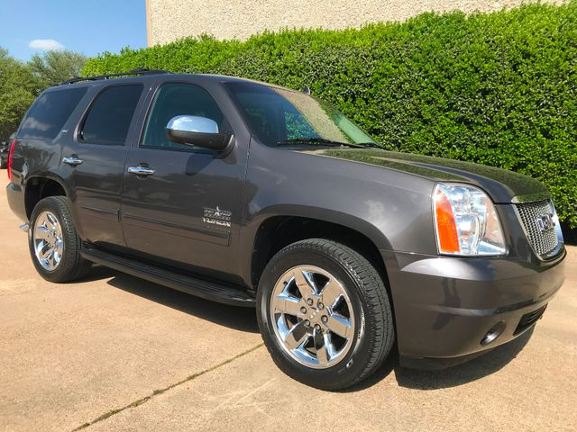 2010 GMC Yukon SLT w/Sunroof, 20's and Rear Bucket Seats Plano, Texas 0