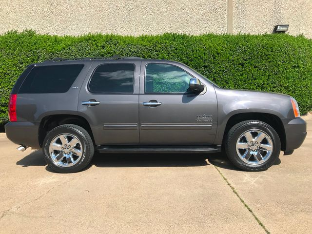 2010 GMC Yukon SLT w/Sunroof, 20's and Rear Bucket Seats Plano, Texas 1