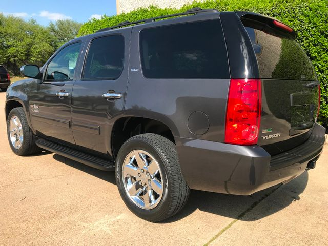 2010 GMC Yukon SLT w/Sunroof, 20's and Rear Bucket Seats Plano, Texas 8
