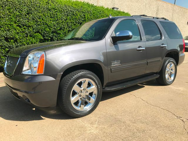 2010 GMC Yukon SLT w/Sunroof, 20's and Rear Bucket Seats Plano, Texas 10