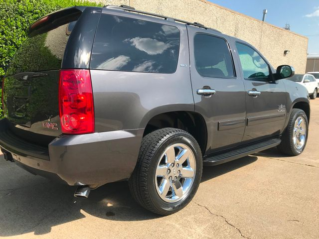 2010 GMC Yukon SLT w/Sunroof, 20's and Rear Bucket Seats Plano, Texas 2