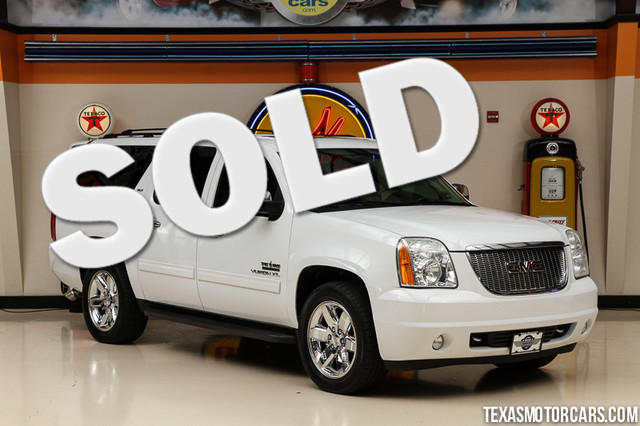 2010 GMC Yukon XL SLT This Carfax 1-Owner 2010 GMC Yukon XL SLT is in great shape with only 108 8