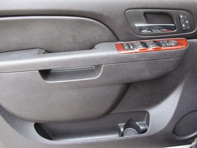 2010 GMC Yukon XL One Owner No Accidents SLT Clean Car Fax Plano, Texas 10