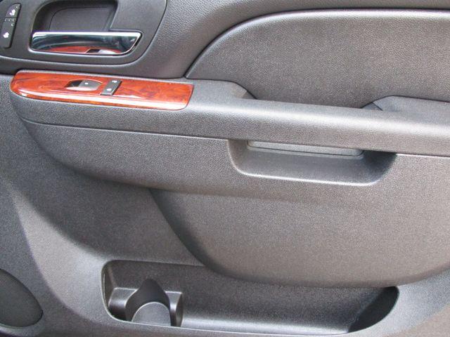 2010 GMC Yukon XL One Owner No Accidents SLT Clean Car Fax Plano, Texas 15