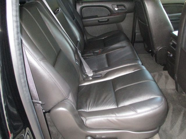 2010 GMC Yukon XL One Owner No Accidents SLT Clean Car Fax Plano, Texas 18