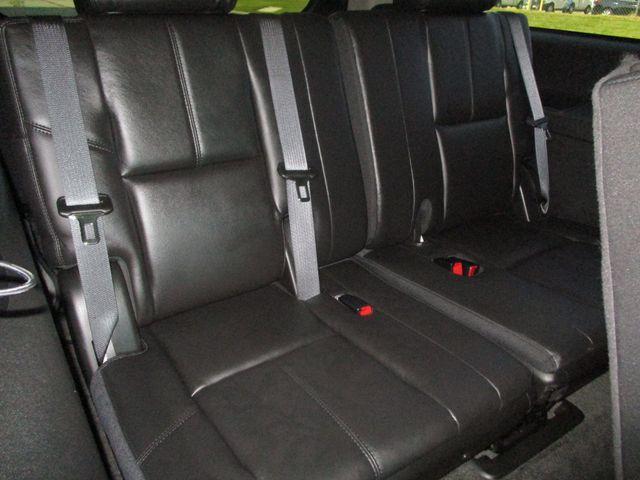 2010 GMC Yukon XL One Owner No Accidents SLT Clean Car Fax Plano, Texas 19