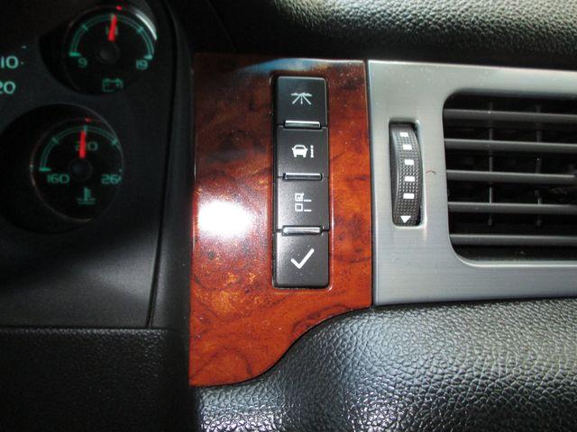 2010 GMC Yukon XL One Owner No Accidents SLT Clean Car Fax Plano, Texas 27