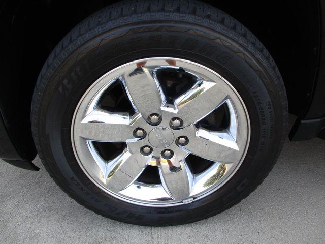 2010 GMC Yukon XL One Owner No Accidents SLT Clean Car Fax Plano, Texas 31