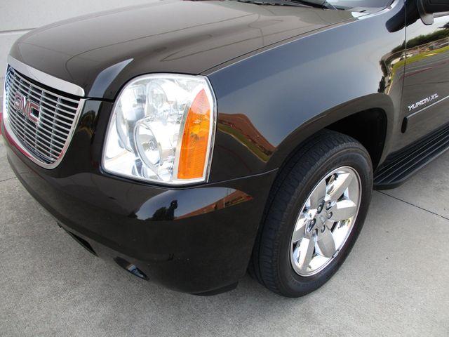 2010 GMC Yukon XL One Owner No Accidents SLT Clean Car Fax Plano, Texas 9