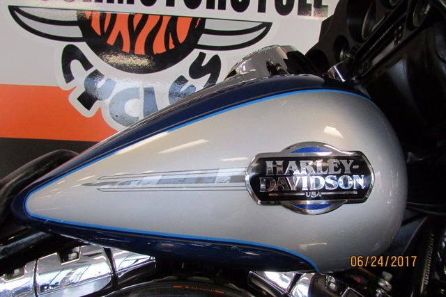 2010 Harley-Davidson ULTRA CLASSIC ELECTRA GLIDE FLHTCU FLHTCUI ELECTRAGLIDE Arlington, Texas 25