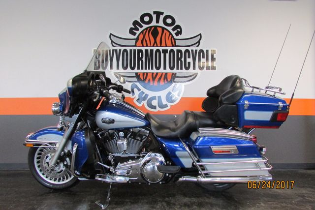 2010 Harley-Davidson ULTRA CLASSIC ELECTRA GLIDE FLHTCU FLHTCUI ELECTRAGLIDE Arlington, Texas 34