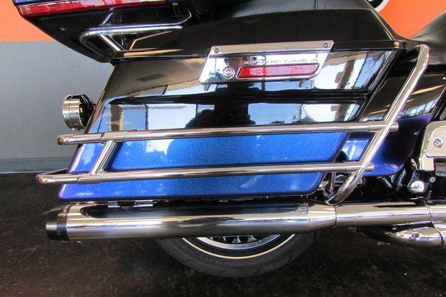 2010 Harley-Davidson Electra Glide® Ultra Limited Arlington, Texas 14
