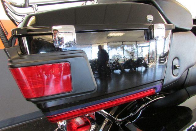 2010 Harley-Davidson Electra Glide® Ultra Limited Arlington, Texas 28