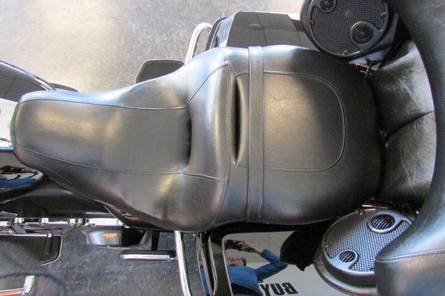 2010 Harley-Davidson Electra Glide® Ultra Limited Arlington, Texas 30