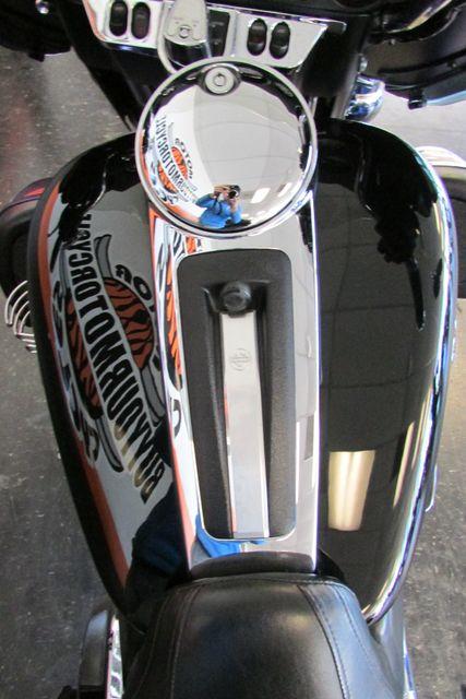 2010 Harley-Davidson Electra Glide® Ultra Limited Arlington, Texas 31