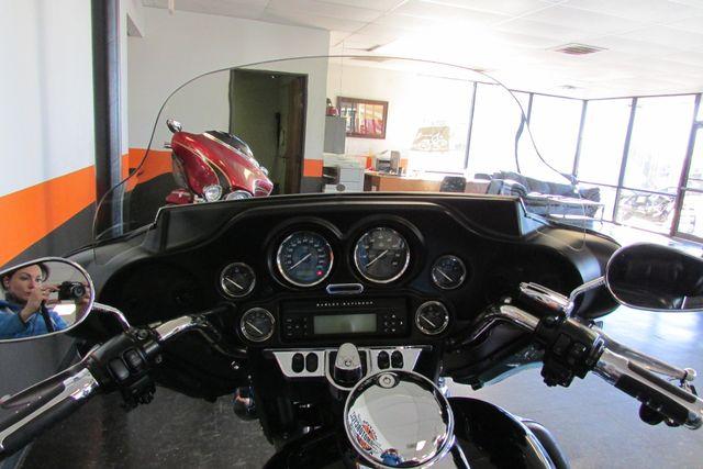 2010 Harley-Davidson Electra Glide® Ultra Limited Arlington, Texas 35