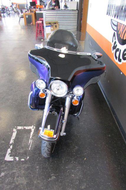 2010 Harley-Davidson Electra Glide® Ultra Limited Arlington, Texas 5