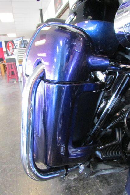 2010 Harley-Davidson Electra Glide® Ultra Limited Arlington, Texas 8