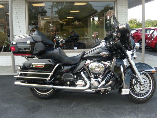 2010 Harley-Davidson Electra Glide® Ultra Classic® Ephrata, PA 1