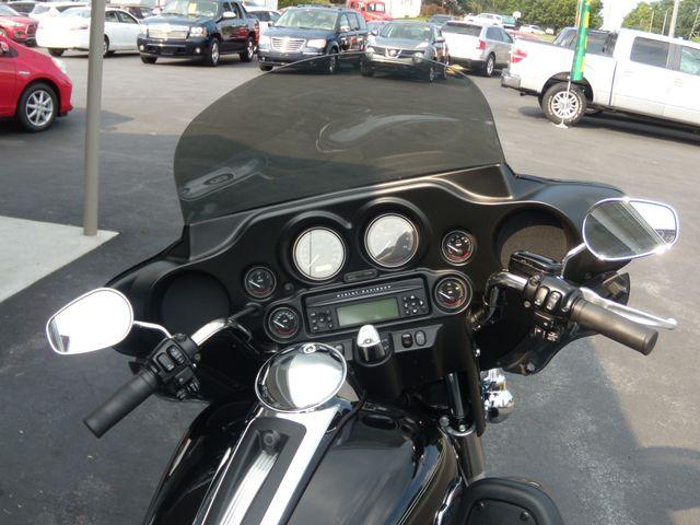 2010 Harley-Davidson Electra Glide® Ultra Classic® Ephrata, PA 12