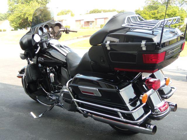 2010 Harley-Davidson Electra Glide® Ultra Classic® Ephrata, PA 5