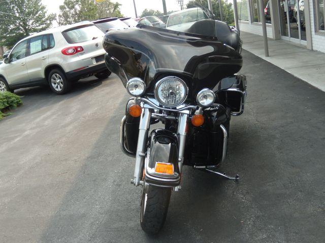 2010 Harley-Davidson Electra Glide® Ultra Classic® Ephrata, PA 8