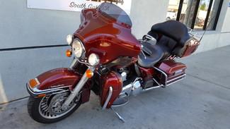 2010 Harley-Davidson Electra Glide® Ultra Classic® South Gate, CA 1