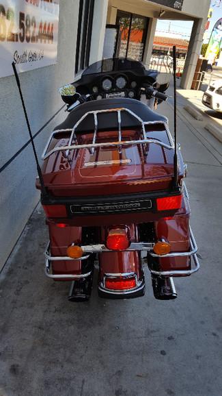 2010 Harley-Davidson Electra Glide® Ultra Classic® South Gate, CA 5