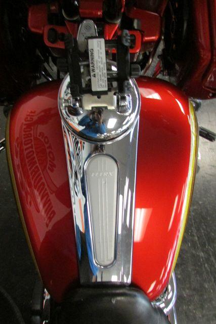 2010 Harley-Davidson Road Glide® Custom Base Arlington, Texas 24