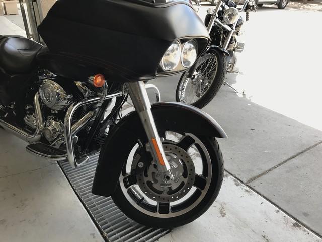 2010 Harley-Davidson Road Glide® Custom Base Ogden, Utah 5