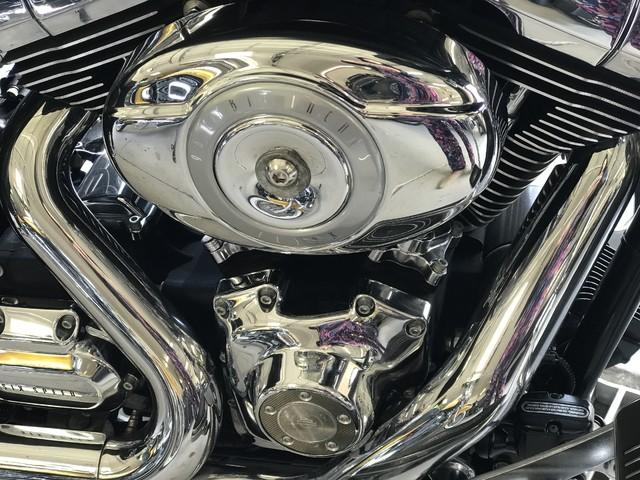 2010 Harley-Davidson Road Glide® Custom Base Ogden, Utah 6