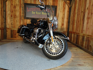 2010 Harley-Davidson Road King® Anaheim, California 10