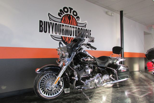 2010 Harley Davidson ROAD KING FLHR ROADKING STANDARD Arlington, Texas 44
