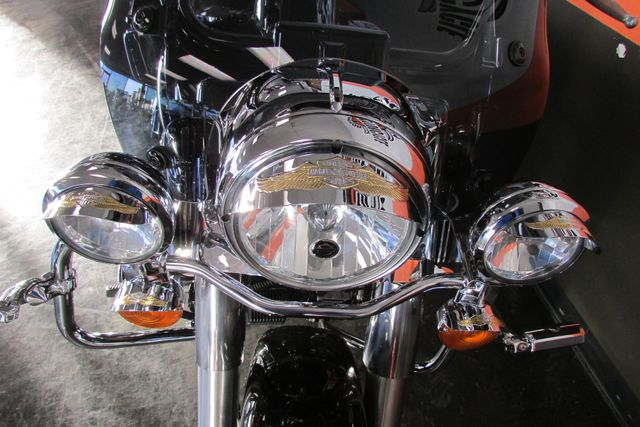 2010 Harley Davidson ROAD KING FLHR ROADKING STANDARD Arlington, Texas 8