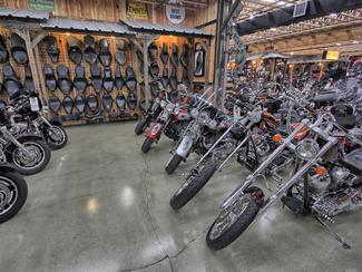 2010 Harley-Davidson Softail® Fat Boy Lo FLSTFB Anaheim, California 39