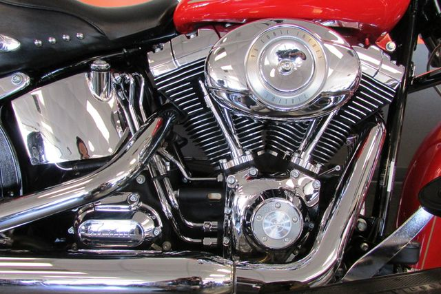 2010 Harley-Davidson Softail® Heritage Softail® Classic Arlington, Texas 14
