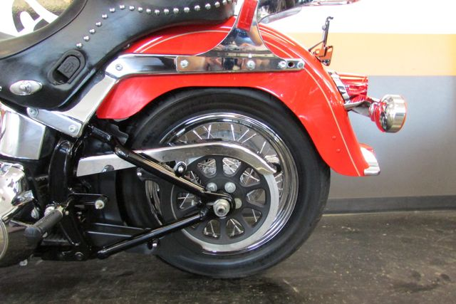2010 Harley-Davidson Softail® Heritage Softail® Classic Arlington, Texas 32
