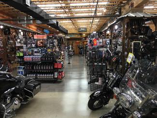2010 Harley-Davidson Street Glide® CVO® Anaheim, California 24