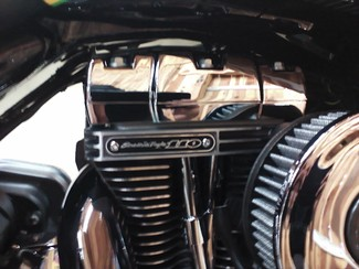 2010 Harley-Davidson Street Glide® CVO™ Anaheim, California 25