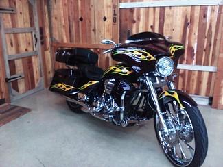 2010 Harley-Davidson Street Glide® CVO™ Anaheim, California 5