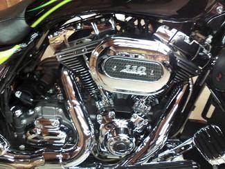 2010 Harley-Davidson Street Glide® CVO™ Anaheim, California 7