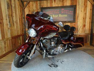 2010 Harley-Davidson Street Glide® CVO Anaheim, California 13