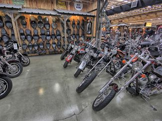 2010 Harley-Davidson Street Glide® CVO Anaheim, California 38