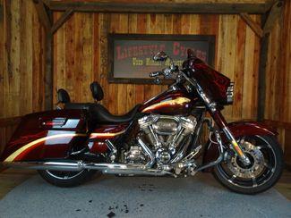 2010 Harley-Davidson Street Glide® CVO Anaheim, California 16