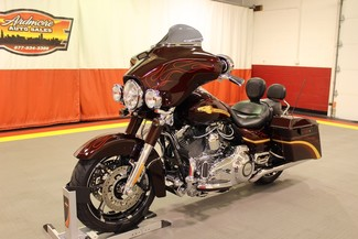 2010 Harley-Davidson Street Glide in West, Chicago,