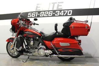 2010 Harley Davidson Ultra Classic CVO Screamin Eagle FLHTCUSE Boynton Beach, FL 50