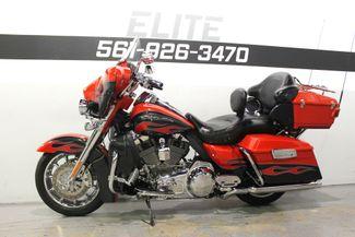 2010 Harley Davidson Ultra Classic CVO Screamin Eagle FLHTCUSE Boynton Beach, FL 51